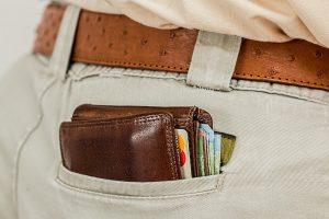 En plånbok i en bakficka