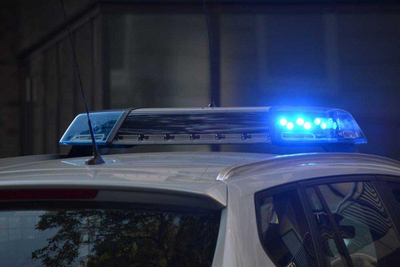 Polisen larmades till hotellet för att konfrontera mannen som misstänkts för att ha köpt sex i ett av hotellrummen.